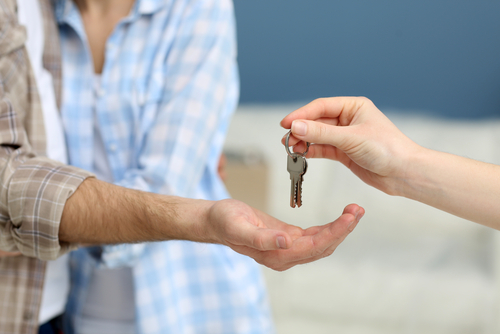 When & Why to Hire a Property Manager