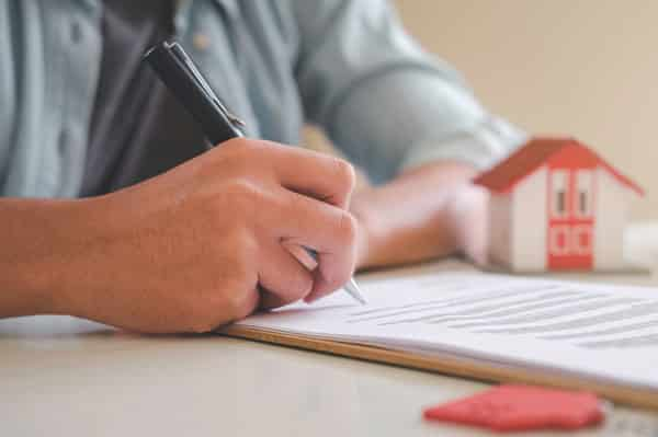 signing contract, hard money loans contact, home purchase contract